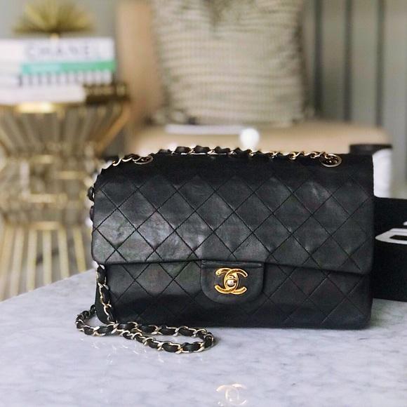 72e034c3b59ed8 CHANEL Handbags - Vintage Chanel Medium Double Flap Lambskin